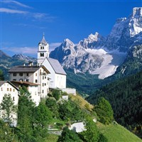 Spectacular Italian Dolomites with Free Bar